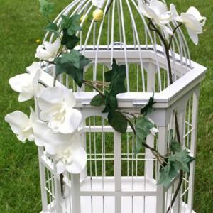 Cage à oiseaux décorée